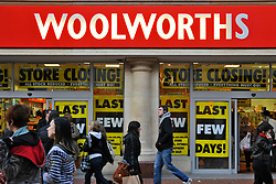 Woolworths in Broad Street; Reading showing last few days before complete closure of business, Dec 2008