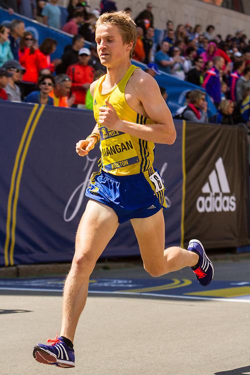 Boston Marathon: BAA 5K road race, Invitational Mens Mile, Steve Mangan