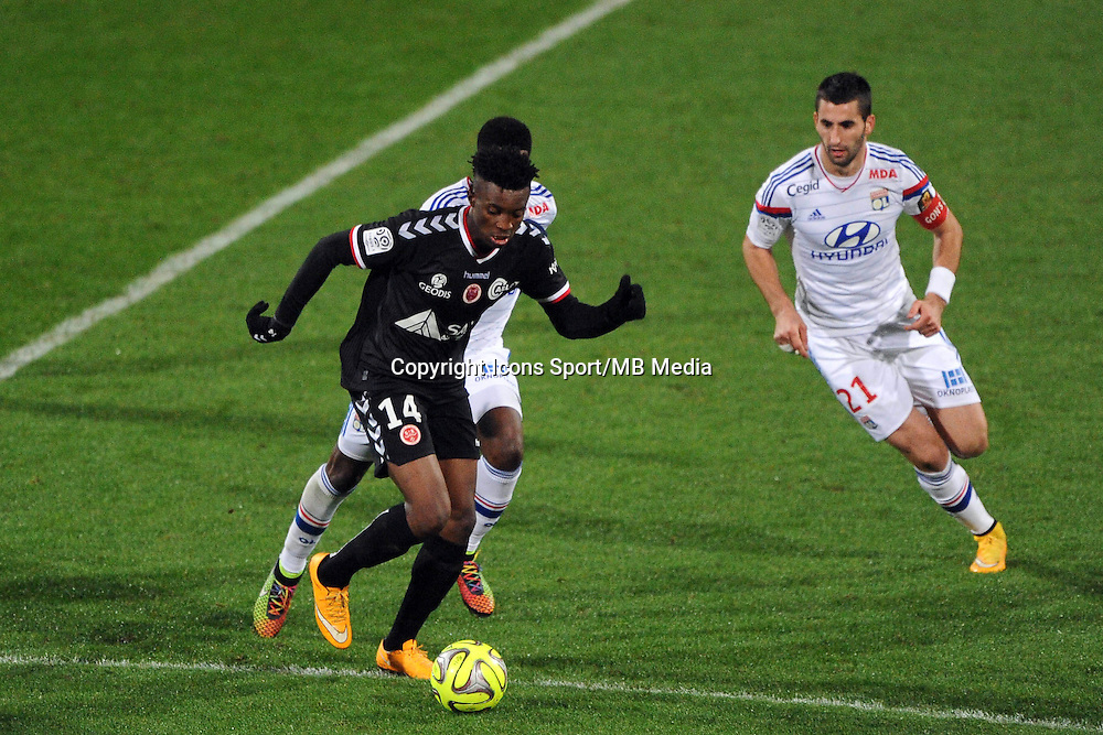 Benjamin MOUKANDJO   - 04.12.2014 - Lyon / Reims - 16eme journee de Ligue 1  <br />