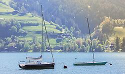 THEMENBILD - Segelboote ankern im Zeller See, aufgenommen am 19. Mai 2019, Zell am See, Österreich // Sailboats anchor in the Zeller Lake on 2019/05/19, Zell am See, Austria. EXPA Pictures © 2019, PhotoCredit: EXPA/ Stefanie Oberhauser
