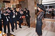 PALOMA FAITH, Louis Vuitton openingof New Bond Street Maison. London. 25 May 2010. -DO NOT ARCHIVE-© Copyright Photograph by Dafydd Jones. 248 Clapham Rd. London SW9 0PZ. Tel 0207 820 0771. www.dafjones.com.