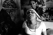 hijras, kinnars, third sex, sexual minority, india, hiv, aids, hiv/aids, transgender
