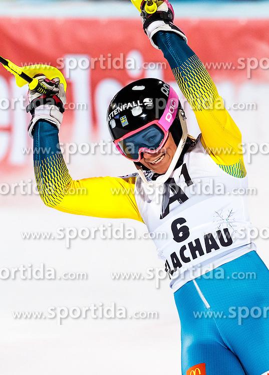 10.01.2017, Hermann Maier Weltcupstrecke, Flachau, AUT, FIS Weltcup Ski Alpin, Flachau, Slalom, Damen, 2. Lauf, im Bild Frida Hansdotter (SWE) // Frida Hansdotter of Sweden reacts after her 2nd run of ladie's Slalom of FIS ski alpine world cup at the Hermann Maier Weltcupstrecke in Flachau, Austria on 2017/01/10. EXPA Pictures © 2017, PhotoCredit: EXPA/ Johann Groder
