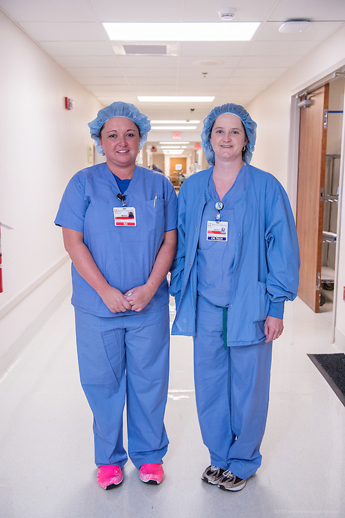 Angela Blair, RN, OR, and Joni Witt, OR Tech, photographed Wednesday, May 20, 2015, at Baptist Health in Richmond, Ky. (Photo by Brian Bohannon/Videobred for Baptist Health)