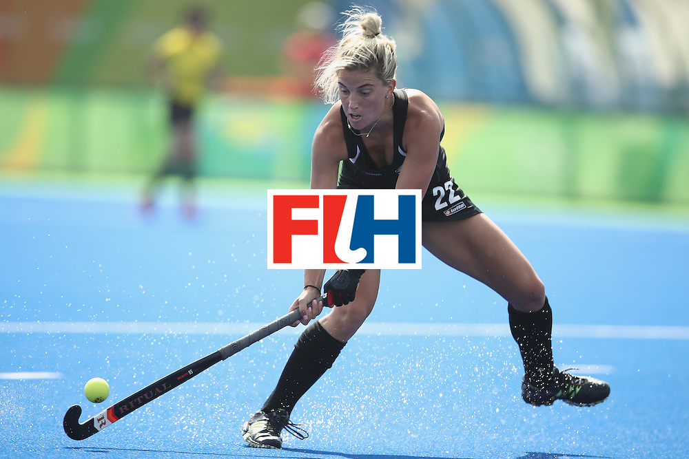 RIO DE JANEIRO, BRAZIL - AUGUST 07:  Gemma Flynn of New Zealand passes during the women's pool A match between New Zealand and the Republic of Korea on Day 2 of the Rio 2016 Olympic Games at the Olympic Hockey Centre on August 7, 2016 in Rio de Janeiro, Brazil.  (Photo by Mark Kolbe/Getty Images)