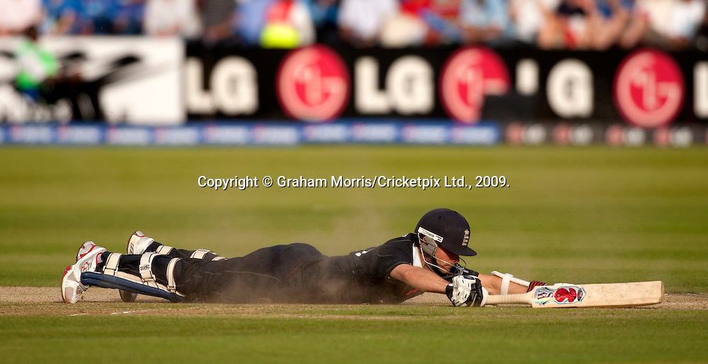 James Foster slides in during the ICC World Twenty20 Cup match between India and England at Lord's. Photo © Graham Morris (Tel: +44(0)20 8969 4192 Email: sales@cricketpix.com)