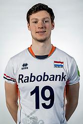 10-05-2017 NED: Selectie Nederlands volleybal team mannen 2017, Arnhem<br /> Op Papendal werd de selectie gepresenteerd / Just Dronkers #19