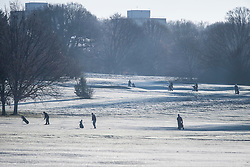 © Licensed to London News Pictures. 16/12/2017. London, UK. A golfers playing on a frost covered golf course in Richmond Park. Parts of the UK are experiencing freezing temperatures today with snow expected in parts. London, UK. Photo credit: Ben Cawthra/LNP