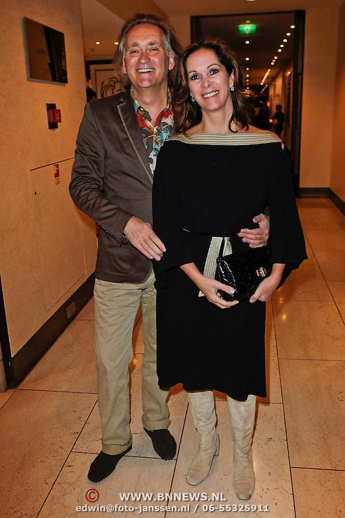 NLD/Amsterdam/20120310 - Modeshow Mart Visser 2012, Annemarie van Gaal en partner Frans de Vlieger