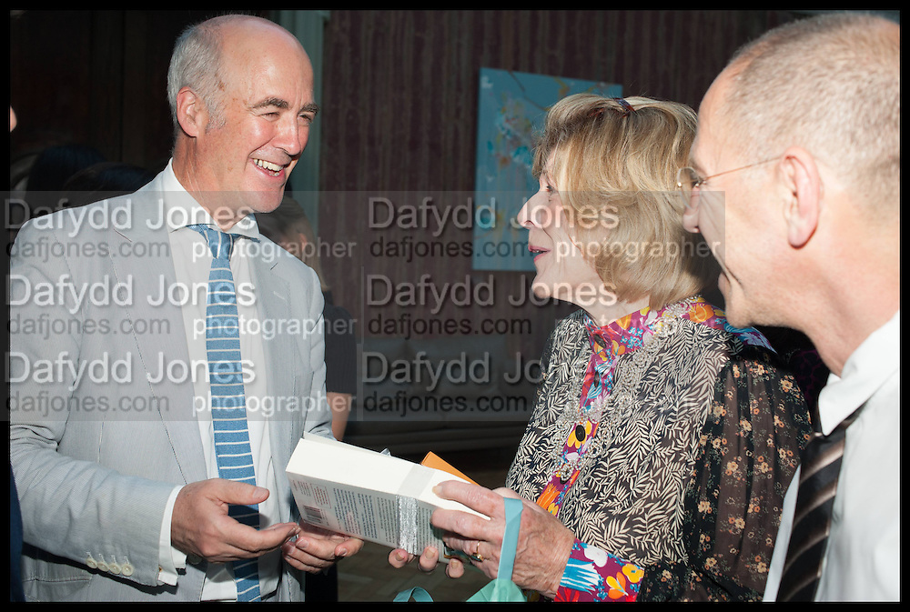 CHARLES SAUMERAZ SMITH; AGNES GUND; CRAIG STARR, Drinks party to launch this year's Frieze Masters.Hosted by Charles Saumarez Smith and Victoria Siddall<br />  Academicians' room - The Keepers House. Royal Academy. Piccadilly. London. 3 July 2014