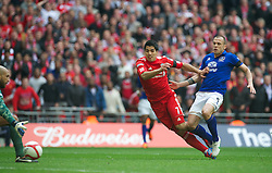 LONDON, ENGLAND - Saturday, April 14, 2012: Liverpool's Luis Alberto Suarez Diaz scores the first goal against Everton to level the scores 1-1 during the FA Cup Semi-Final match at Wembley. (Pic by David Rawcliffe/Propaganda)