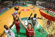 DESCRIZIONE : Siena Lega A1 2007-08 Playoff Finale Gara 2 Montepaschi Siena Lottomatica Virtus Roma <br /> GIOCATORE : Erazem Lorbek <br /> SQUADRA : Lottomatica Virtus Roma <br /> EVENTO : Campionato Lega A1 2007-2008 <br /> GARA : Montepaschi Siena Lottomatica Virtus Roma <br /> DATA : 05/06/2008 <br /> CATEGORIA : Rimbalzo Special <br /> SPORT : Pallacanestro <br /> AUTORE : Agenzia Ciamillo-Castoria/S.Silvestri