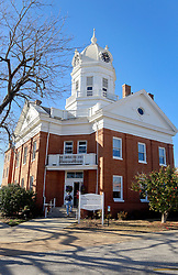 06 February 2015. Monroeville, Alabama.<br /> On the trail of Harper Lee's 'To Kill a Mocking Bird.'<br /> The old courthouse whose courtroom was used as the model for the Hollywood movie. The building is now the Monroe County Museum at the center of the old town. <br /> Photo; Charlie Varley/varleypix.com