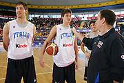 All Star Game, la Nazionale Italiana incontra i tifosi<br /> Nella foto: Danilo Gallinari, angelo gigli