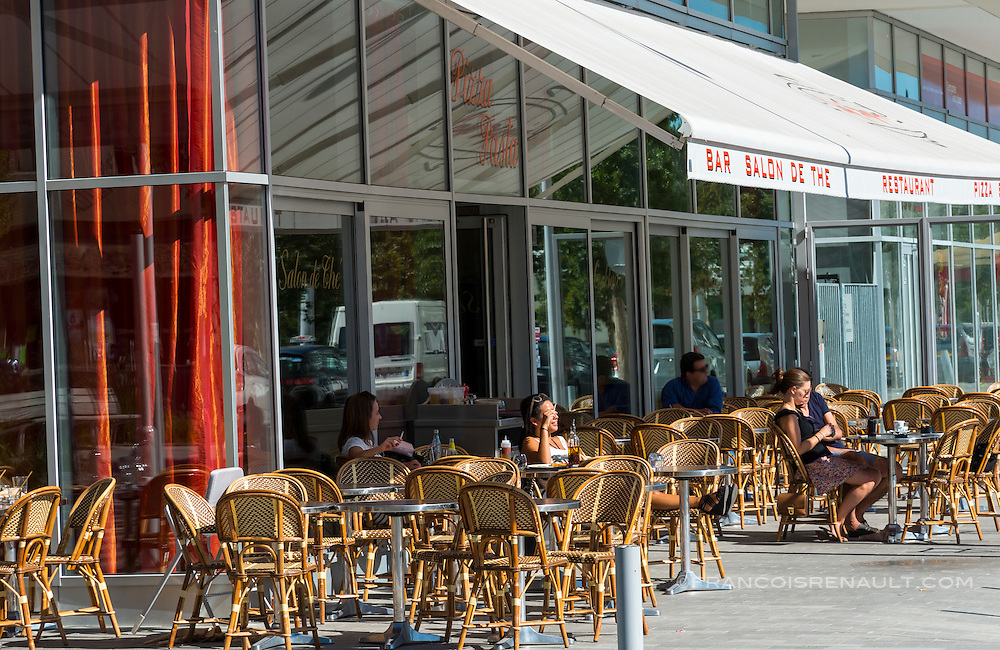 Boulogne-Billancourt, cafe, restaurant quartier Rives de Seine