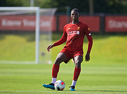KIRKBY, ENGLAND - Saturday, August 31, 2019: Liverpool's Billy Koumetio during the Under-18 FA Premier League match between Liverpool FC and Manchester United at the Liverpool Academy. (Pic by David Rawcliffe/Propaganda)