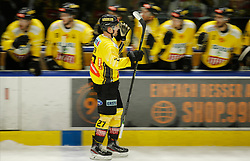 17.01.2020, Merkur Eisstadion, Graz, AUT, EBEL, Moser Medical Graz 99ers vs Vienna Capitals, 41. Runde, im Bild Ty Loney (Vienna Capitals) // Ty Loney (Vienna Capitals) during the Erste Bank Eishockey League 41th round match between Moser Medical Graz 99ers and Vienna Capitals at the Merkur Eisstadion in Graz, Austria on 2020/01/17. EXPA Pictures © 2020, PhotoCredit: EXPA/ Erwin Scheriau