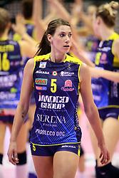 18-11-2017 ITA: Imoco Volley Conegliano - Saugella Team Monza, Treviso<br /> Robin de Kruijf #5 of Conegliano<br /> <br /> <br /> *** NETHERLANDS USE ONLY ***