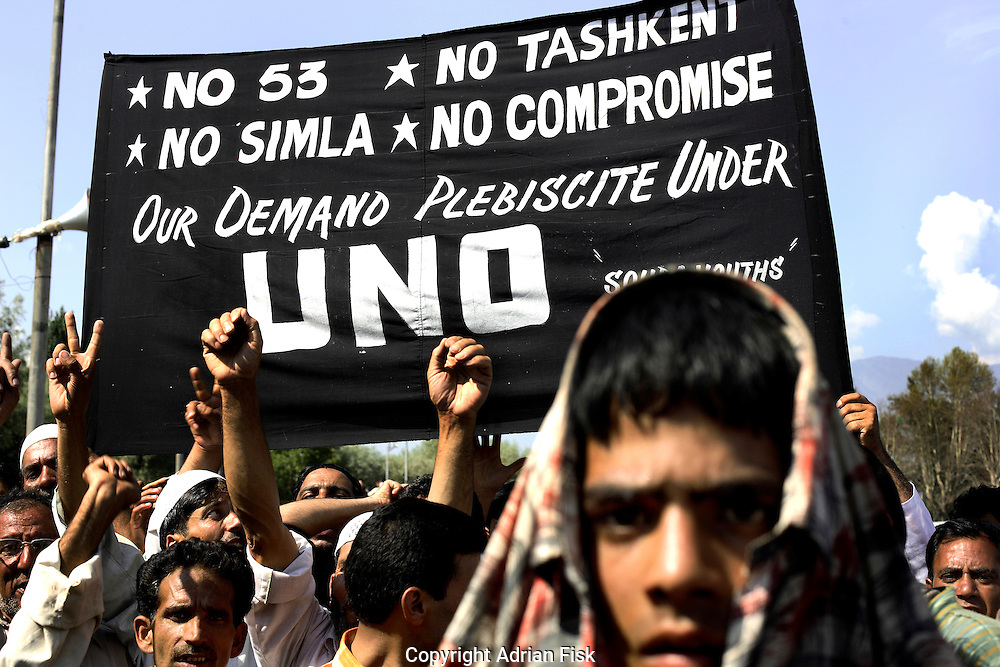 On the 22nd August 2008 an estimated 350,000 Kashmiri's marched to the Eidgha communal ground in Srinagar demanding Independence from India. Local Kashmiri's said they had never witnessed anything like it in their lifetime. .Marchers in the Eidgha communal ground....