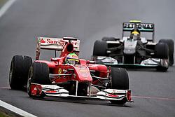 O piloto brasileiro Felipe massa acelera sua Ferrari  durante a primeira volta do Grande Prémio do Brasil de Fórmula 1, em Interlagos, São Paulo. FOTO: Jefferson Bernardes/Preview.com