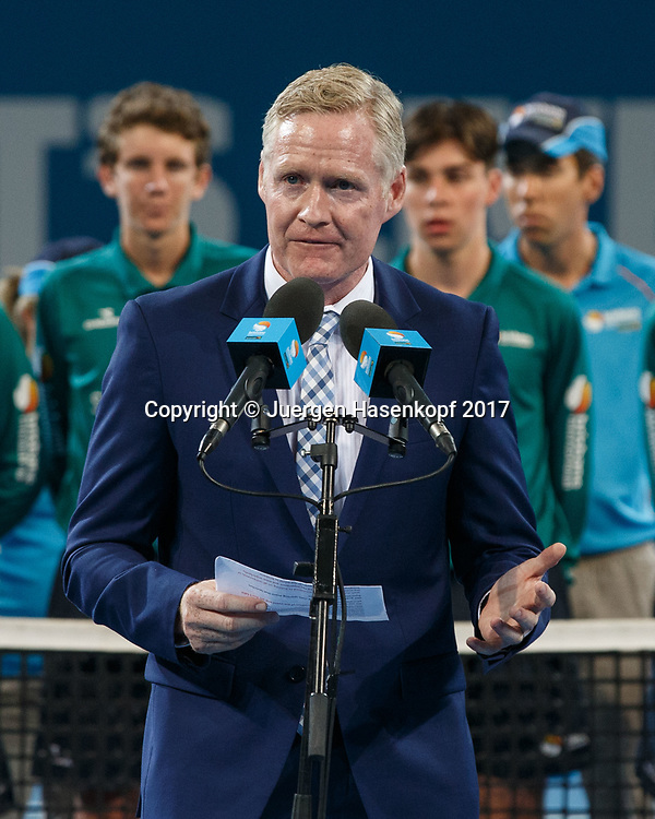 Turnier Director Geoff Quinlan (AUS) Praesentation, Siegerehrung, Praesentation<br /> <br /> Tennis - Brisbane International  2017 - ATP -  Pat Rafter Arena - Brisbane - QLD - Australia  - 8 January 2017. <br /> &copy; Juergen Hasenkopf