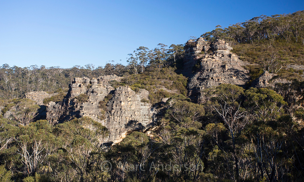 View of bushland and rugged sandstone country in Blue Mountains National Park, NSW, Australia