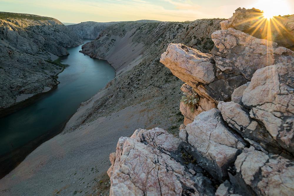 Europe, Balkan, Croatia, Starigrad, Zrmanja Canyon, sunset over the canyon