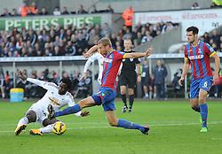 Swansea City's Wilfried Bony scores. - Photo mandatory by-line: Alex James/JMP - Mobile: 07966 386802 - 29/11/2014 - Sport - Football - Swansea -  - Swansea v Crystal palace  - Barclays Premier League