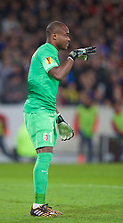 LILLE, FRANCE - Thursday, October 23, 2014: Lille OSC's goalkeeper Vincent Enyeama in action against Everton during the UEFA Europa League Group H match at Stade Pierre-Mauroy. (Pic by David Rawcliffe/Propaganda)