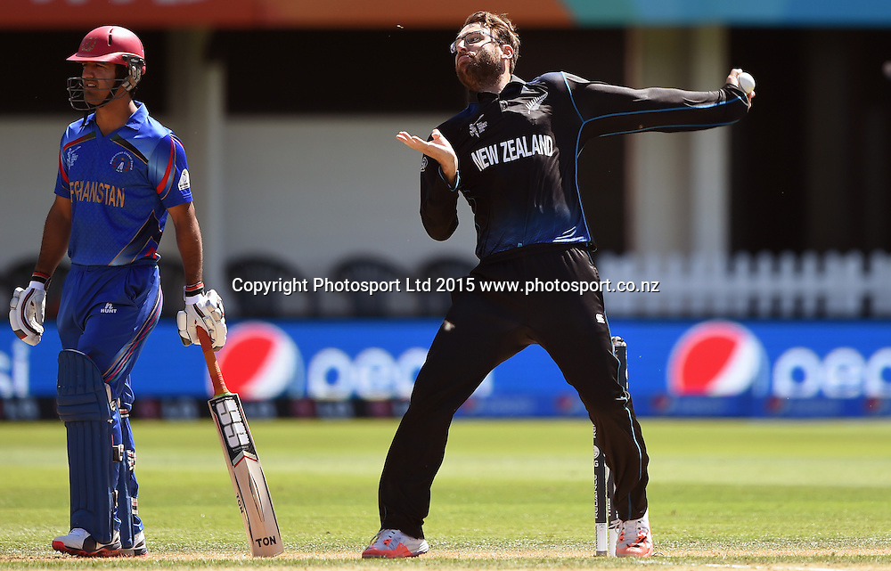 Daniel Vettori bowling during the ICC Cricket World Cup match between New Zealand and Afghanistan at McLean Park in Napier, New Zealand. Sunday 8 March 2015. Copyright Photo: Andrew Cornaga / www.Photosport.co.nz