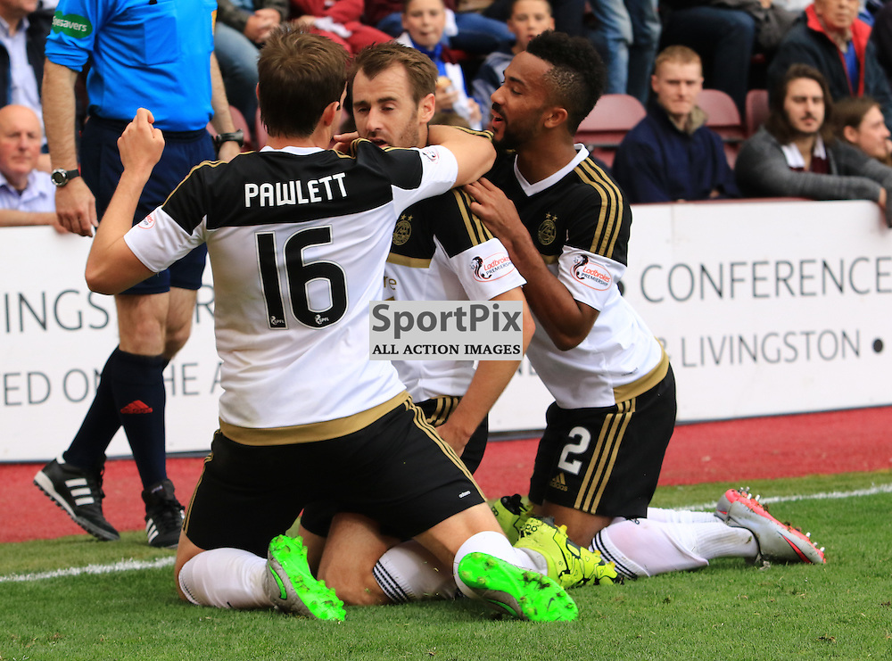 Aberdeen's Niall McGinn celebrates with team mates after scoring  the second goal during the Heart of Midlothian FC  V Aberdeen FC  Scottish Premiership  20th September 2015  ©Edward Linton   SportPix.org.uk