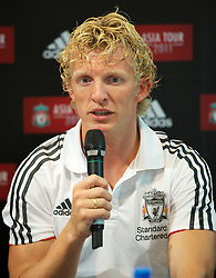 SINGAPORE, SINGAPORE - Sunday, July 17, 2011: Liverpool's Dirk Kuyt during an Adidas sponsored event at the Adidas store in the Marina Bay Sands Shopping Centre on day seven of the club's preseason Asia Tour. (Photo by David Rawcliffe/Propaganda)
