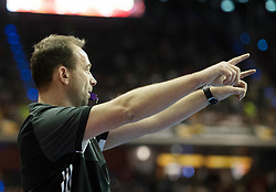 BERLIN - Indoor Hockey World Cup<br /> Final: Germany - Austria<br /> foto: Umpire Lee Barron<br /> WORLDSPORTPICS COPYRIGHT FRANK UIJLENBROEK
