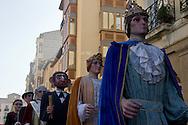 Logrono (Spain) 19/09/2007 - 51° Fiesta de la Vendimia Riojana 2007. Pasacalles de la comparsa de Gigantes y Cabezudos y la Escuela de Dulzaina. Destino Casco Antiguo.