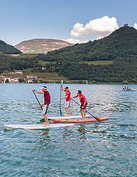 THEMENBILD - Standup Paddler, aufgenommen am 22. Mai 2017, Kalterer See, Kaltern, Italien // three Men on a Stand Up Paddle at the Lake Caldaro, Kaltern, Italy on 2017/05/22. EXPA Pictures © 2017, PhotoCredit: EXPA/ JFK