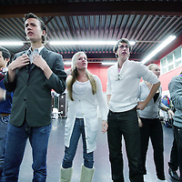 Nederland, Westzaan , 7 november 2009.. het Nationaal Jeugd Musical Theater presenteert dit seizoen de spraakmakende en baanbrekende jongerenvoorstelling COMING OUT, waarin thema's als homoseksualiteit, individualiteit en cultuurverschillen elkaar raken én beraken. Een voorstelling die regelrecht aandacht vraagt van en krijgt bij jongeren, maar ook discussie rondom deze thematiek op gang zal brengen. Kortom, een voorstelling die spreekt. COMING OUT is komend seizoen op diverse locaties in Nederland te zien..In Amsterdamwordt de musical tijdens de Nieuwjaarsreceptie van het COC uitgevoerd. The play COMING OUT by the National Musical Theatre is about homosexuality and cultural differences.
