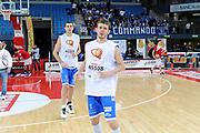 DESCRIZIONE : Pesaro Lega A 2011-12 Scavolini Siviglia Pesaro Banco Di Sardegna Sassari<br /> GIOCATORE : team<br /> CATEGORIA : before team ci vuole cuore<br /> SQUADRA : Banco Di Sardegna Sassari<br /> EVENTO : Campionato Lega A 2011-2012<br /> GARA : Scavolini Siviglia Pesaro Banco Di Sardegna Sassari<br /> DATA : 22/04/2012<br /> SPORT : Pallacanestro<br /> AUTORE : Agenzia Ciamillo-Castoria/C.De Massis<br /> Galleria : Lega Basket A 2011-2012<br /> Fotonotizia : Pesaro Lega A 2011-12 Scavolini Siviglia Pesaro Banco Di Sardegna Sassari<br /> Predefinita :