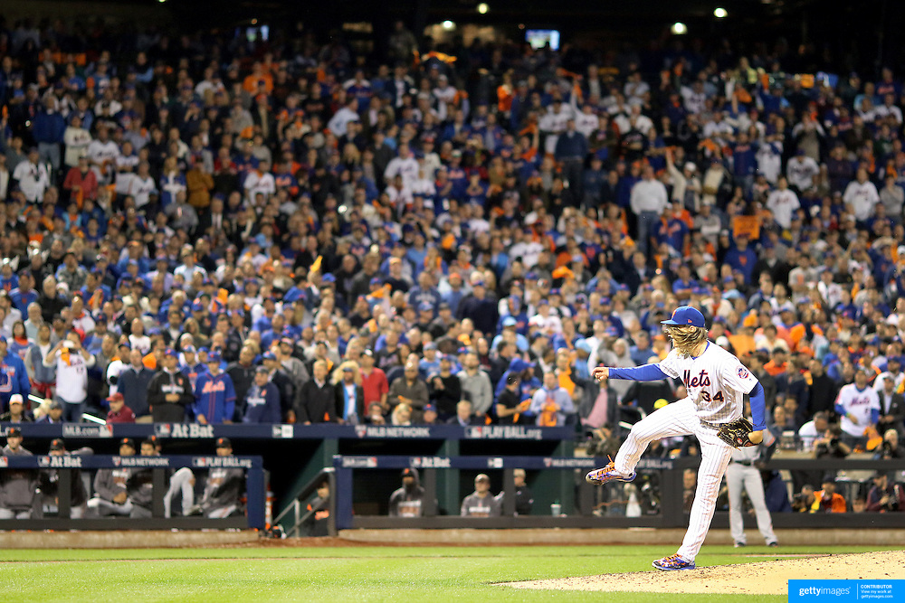 NEW YORK, NEW YORK - October 5: Pitcher Noah Syndergaard #34 of the New York Mets pitching during the San Francisco Giants Vs New York Mets National League Wild Card game at Citi Field on October 5, 2016 in New York City. (Photo by Tim Clayton/Corbis via Getty Images)