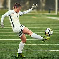 5th year Forward, Brianna Wright (7) of the Regina Cougars during the Women's Soccer home game on Sat Sep 22 at U of R Field. Credit: Arthur Ward/Arthur Images