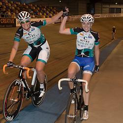 20-12-2015: Wielrennen: NK Baan: Alkmaar<br /> ALKMAAR (NED) baanwielrennen<br /> Kirstne Wild en Nina Kessler pakken de nationale titel op de koppelkoers bij de vrouwen
