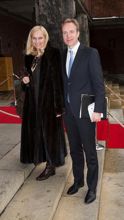 OSLO,  20131210:  Nobel Fredspris gikk til  Organisation for the Prohibition of Chemical Weapons (OPCW) og ble tatt i mot av  Ahmet Üzümcü på vegne av organsisasjonen.  Her er Børge Brende og kona.  FOTO: TOM HANSEN