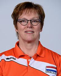 06-05-2014 NED: Selectie Nederlands zitvolleybal team vrouwen, Leersum<br /> In sporthal De Binder te Leersum werd het Nederlands team zitvolleybal seizoen 2014-2015 gepresenteerd /