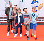 2019, June 02. Pathe ArenA, Amsterdam, the Netherlands. Bridget Maasland and Mees Kingston at the dutch premiere of The Secret Life of Pets 2.