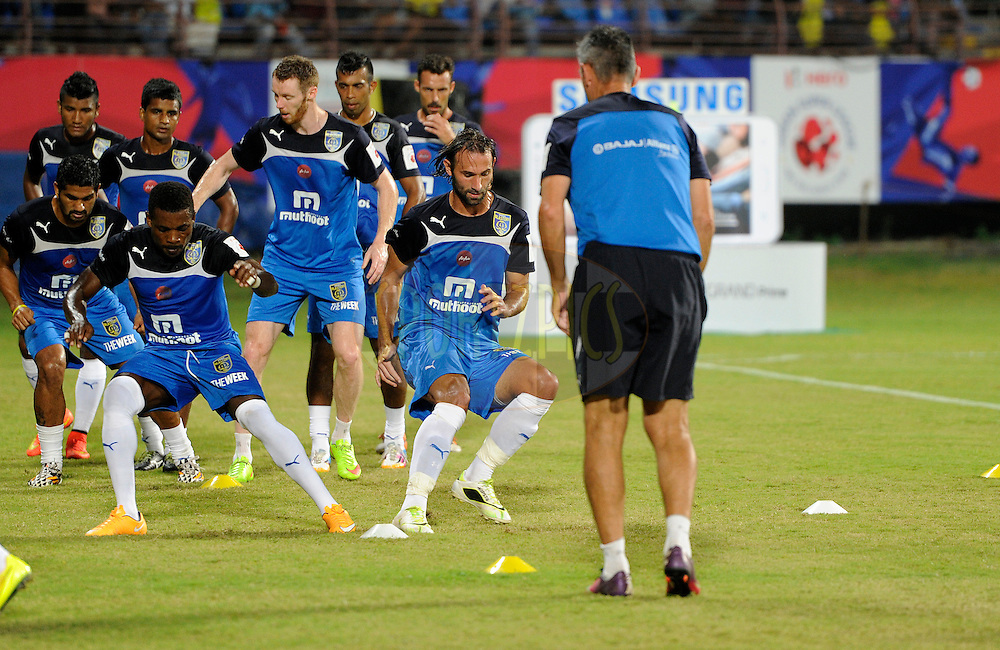 Kerala Blasters FC during a warm up session before the start of match 49 of the Hero Indian Super League between Kerala Blasters FC and North East United FC held at the Jawaharlal Nehru Stadium, Kochi, India on the 30th November.<br /> <br /> Photo by:  Pal Pillai/ ISL/ SPORTZPICS