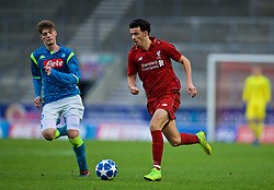 ST HELENS, ENGLAND - Monday, December 10, 2018: Liverpool's Curtis Jones during the UEFA Youth League Group C match between Liverpool FC and SSC Napoli at Langtree Park. (Pic by David Rawcliffe/Propaganda)