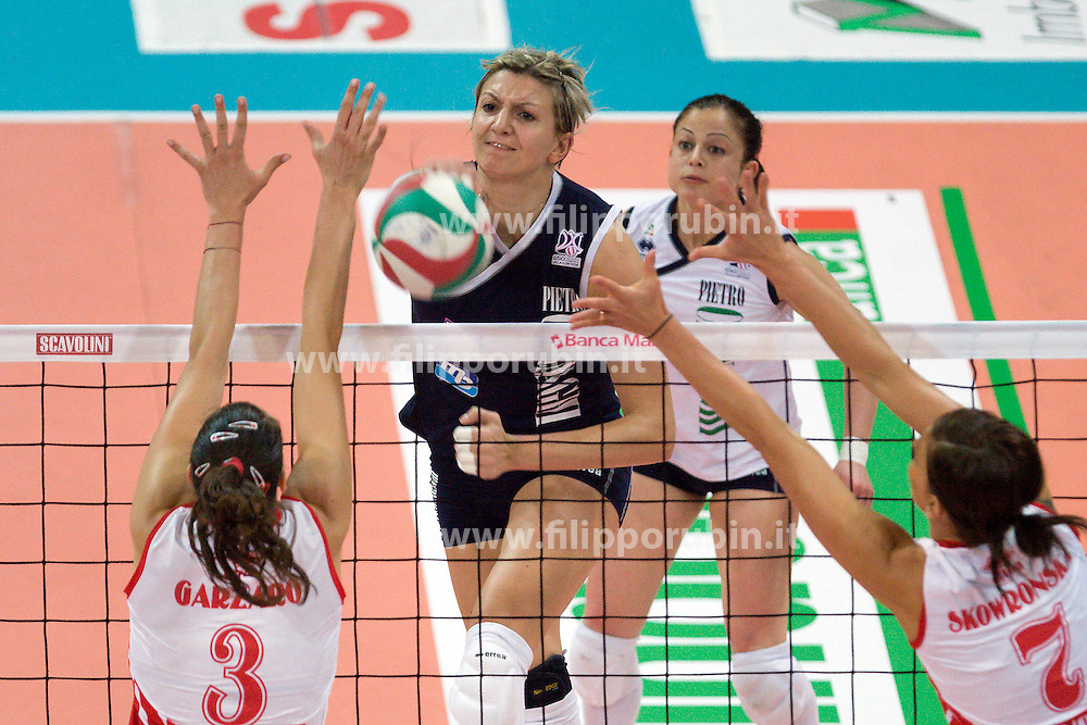 SCAVOLINI PESARO - MC-CARNAGHI VILLA CORTESE .FINALE PLAYOFF SCUDETTO GARA 2.CAMPIONATO ITALIANO VOLLEY SERIE A1-F 2009-2010.PESARO 15-05-2010.FOTO FILIPPO RUBIN / LVF