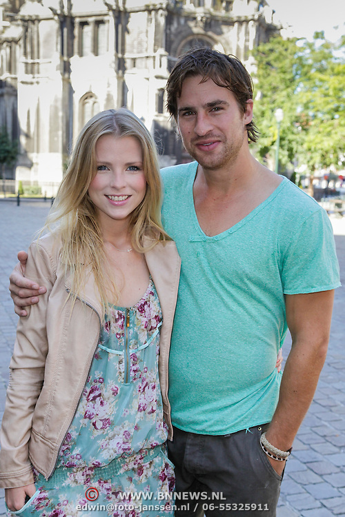 BEL/Brussel/20120908 - Jennifer Ewbank en partner Robin in Brussel,
