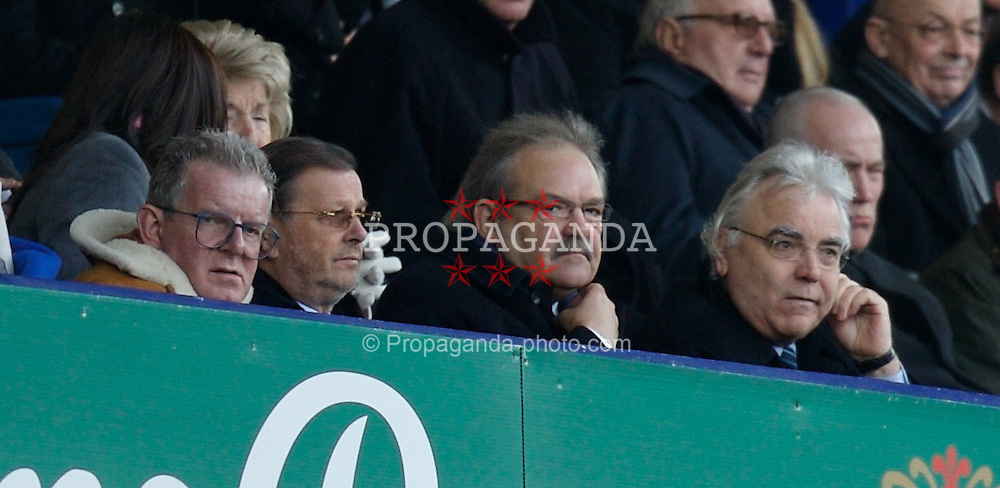 LIVERPOOL, ENGLAND - Saturday, February 9, 2008: Everton's Chairman Bill Kenwright watches with BBC commentator John Motson from the Director's Box during the Premiership match against Reading at Goodison Park. (Photo by David Rawcliffe/Propaganda)