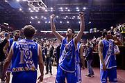 DESCRIZIONE : Milano Coppa Italia Final Eight 2014 Finale Montepaschi Siena Banco di Sardegna Sassari<br /> GIOCATORE : Travis Diener<br /> CATEGORIA : esultanza team curva tifosi<br /> SQUADRA : Banco di Sardegna Sassari<br /> EVENTO : Beko Coppa Italia Final Eight 2014<br /> GARA : Montepaschi Siena Banco di Sardegna Sassari<br /> DATA : 09/02/2014<br /> SPORT : Pallacanestro<br /> AUTORE : Agenzia Ciamillo-Castoria/C.De Massis<br /> Galleria : Lega Basket Final Eight Coppa Italia 2014<br /> Fotonotizia : Milano Coppa Italia Final Eight 2014 Finale Montepaschi Siena Banco di Sardegna Sassari<br /> Predefinita :