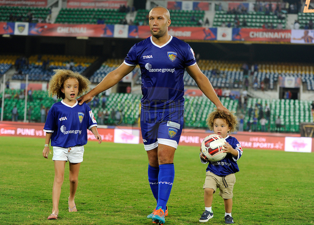 Mikael Silvestre of Chennaiyin FC plays walks back with his son and daughter  after match 50 of the Hero Indian Super League between Chennaiyin FC and FC Goa held at the Jawaharlal Nehru Stadium, Chennai, India on the 5th December 2014.<br /> <br /> Photo by:  Pal Pillai/ ISL/ SPORTZPICS